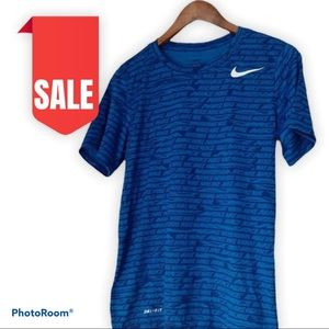 🍒2 for $20 Nike Dri-FIT Tee mens size small
